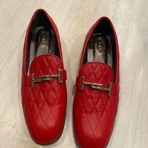TOD'S excellent condition red quilted loafers 9.5